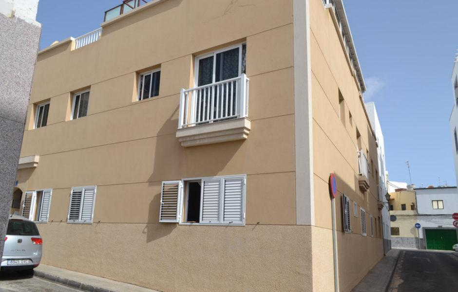 Spacious 2 bed ground floor apartment